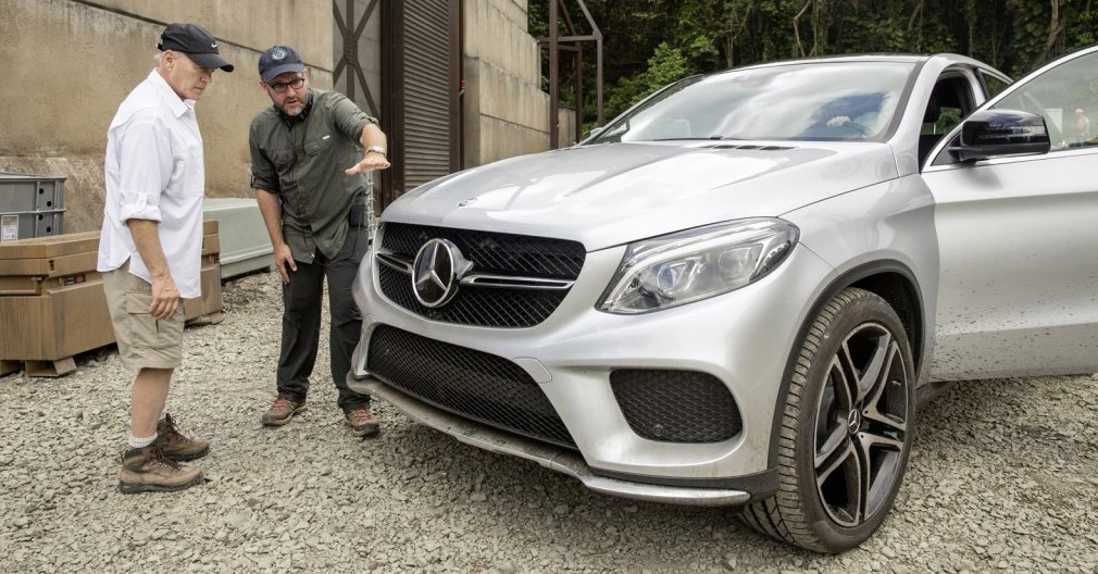 2016 Mercedes-Benz GLE450 AMG Sport on the set of Jurassic World  (Photo: Mercedes)