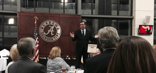 Sen. Ted Cruz delivers the keynote address at the Tuscaloosa Republican Party's annual Lincoln-Reagan Dinner
