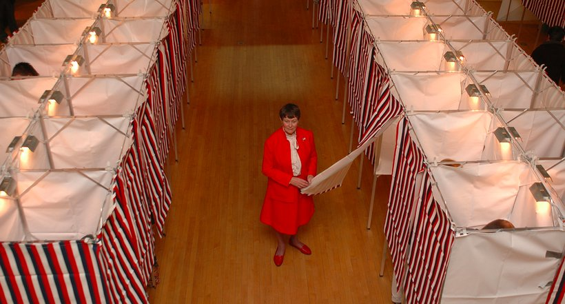 A woman prepares to vote in 2006. (Photo: Nathaniel Shepard)