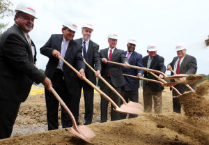 Oxford Pharmaceuticals marked the start of construction of its Birmingham facility with a groundbreaking ceremony. (Image: Alabama NewsCenter)
