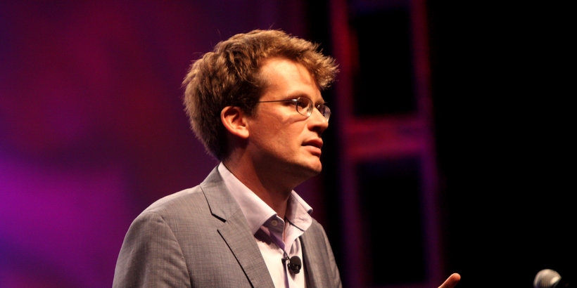 """Looking for Alaska"" author John Green speaking at VidCon 2012"