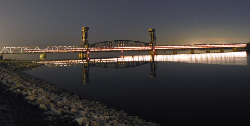 Tennessee River in Decatur, Alabama (Photo: Steve Driskell)