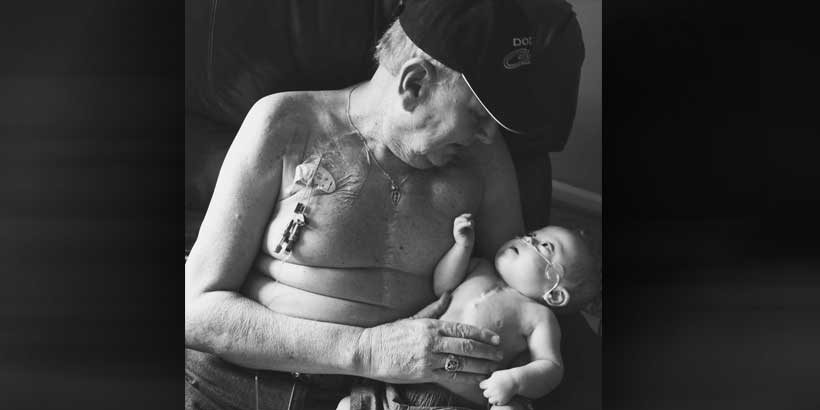 The viral photo of Kolbie Gregware and his grandfather Allan Halstead (Photo: Sunshine Moody Photography)