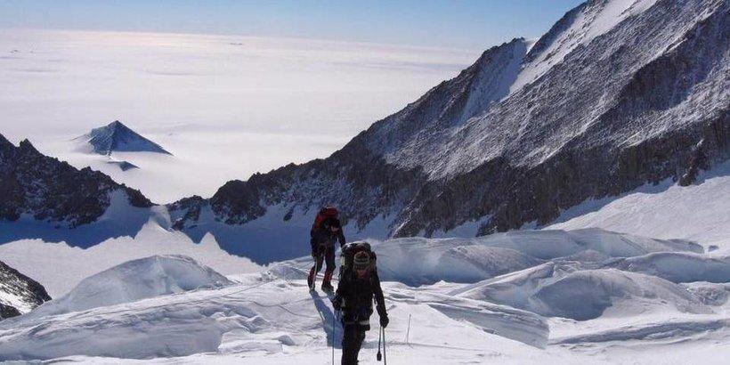 Kent Stewart climbing Mount Everest in 2015