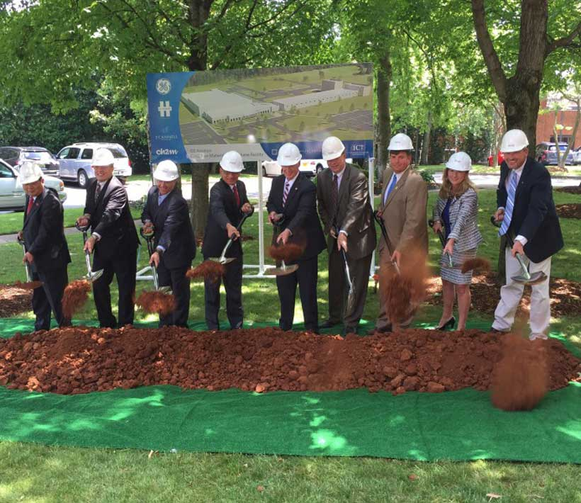 Gov. Robert Bentley and local officials participated in a groundbreaking ceremony symbolizing the launch of GE Aviation's $200 million project Huntsville. (Image: Governor's Office, Daniel Sparkman)