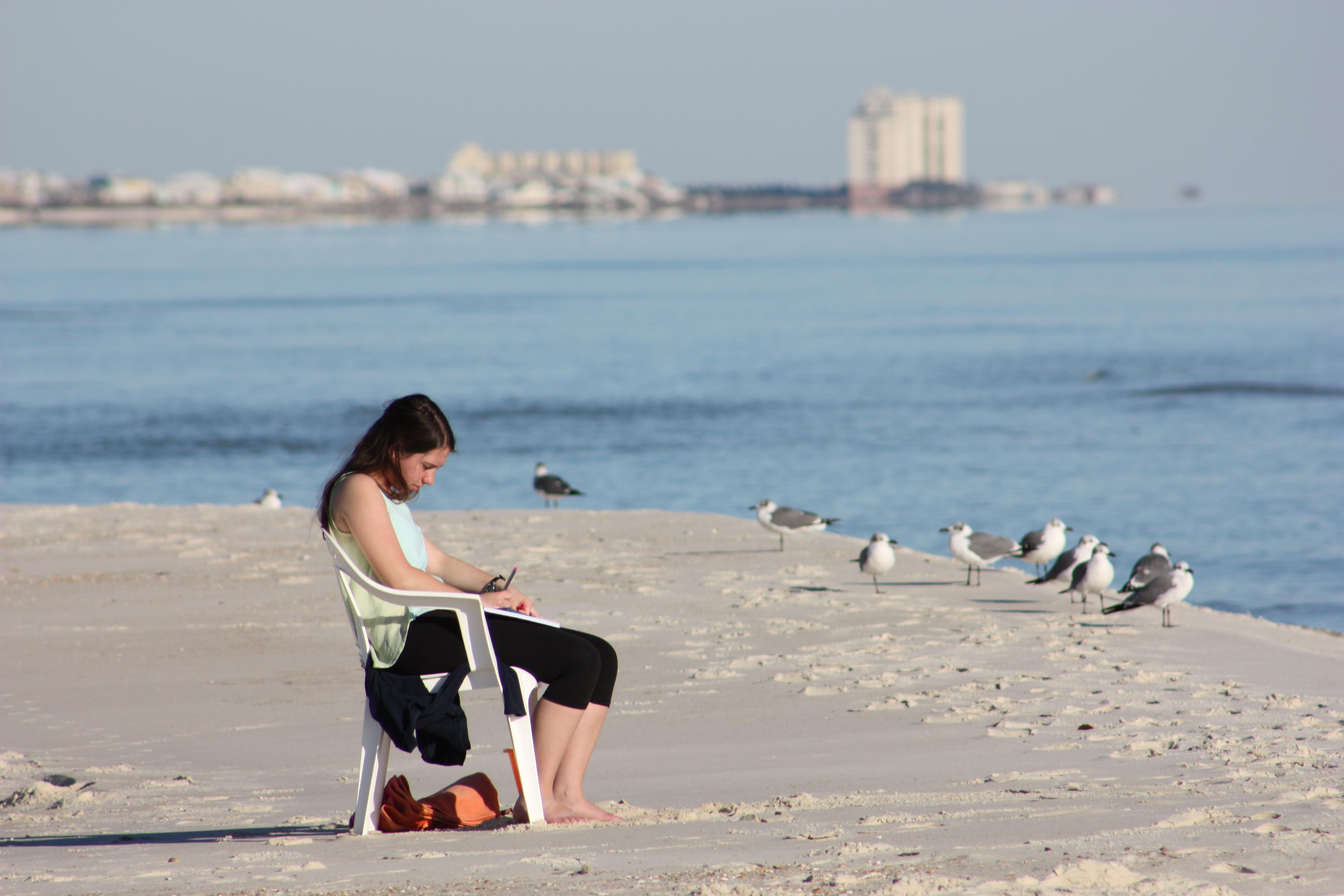 Gulf Shores' Good Tourists—Even The Louisianans (Usually