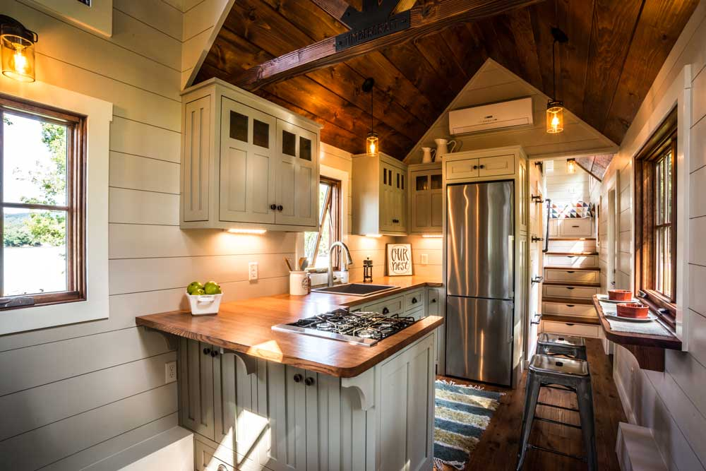 Tiny Houses Big Luxury Made In Alabama Yellowhammer