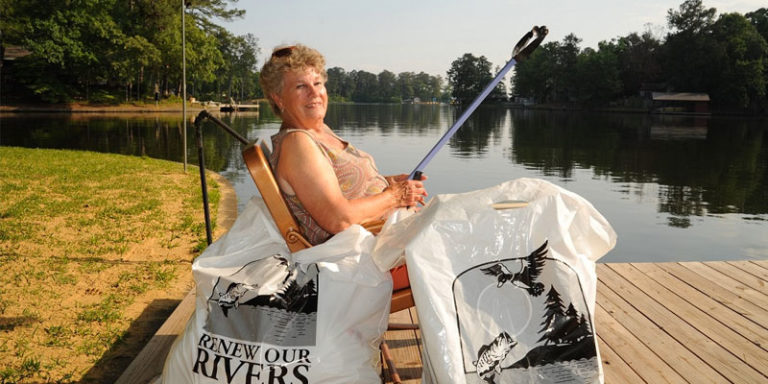 Vending machines, toilets, prosthetic leg: Renew Our Rivers volunteers recall stuff pulled from Alabama waterways