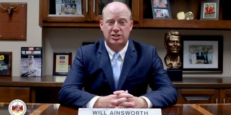Citing mixed guidance, Ainsworth slams CDC, Fauci; Speaks out against mandates