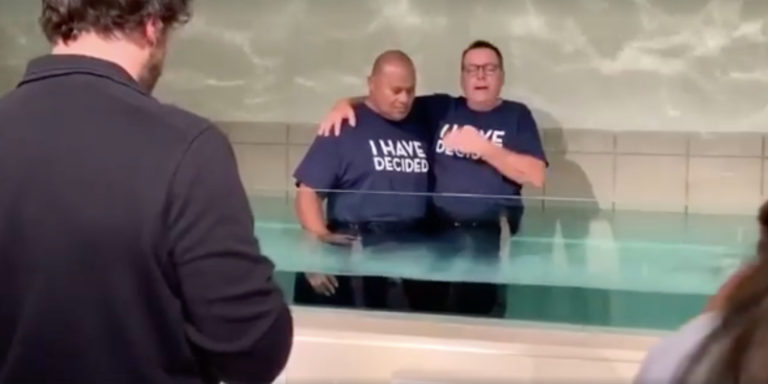 Watch: Galu Tagovailoa reaffirms faith with Church of the Highlands' Chris Hodges