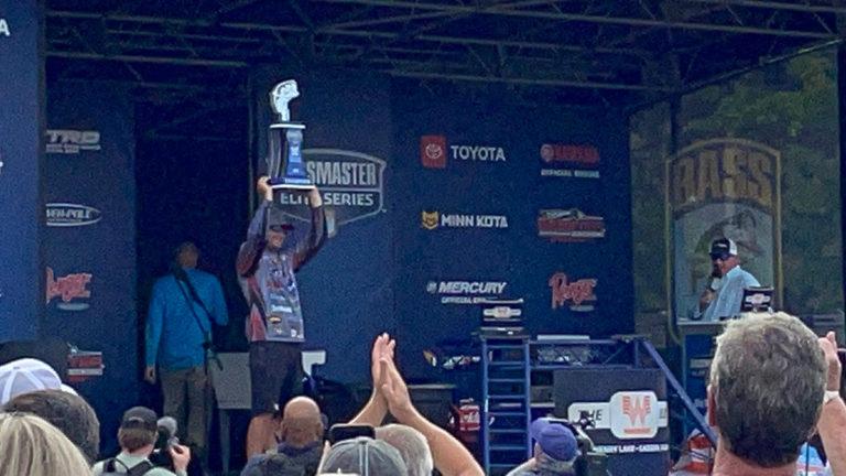 Alabama angler Wes Logan wins 2021 Whataburger Bassmaster Elite at Neely Henry Lake