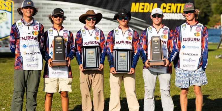 Auburn Bass Fishing Team anglers win Team of the Year honors, place two tandems in top 6 at national championship